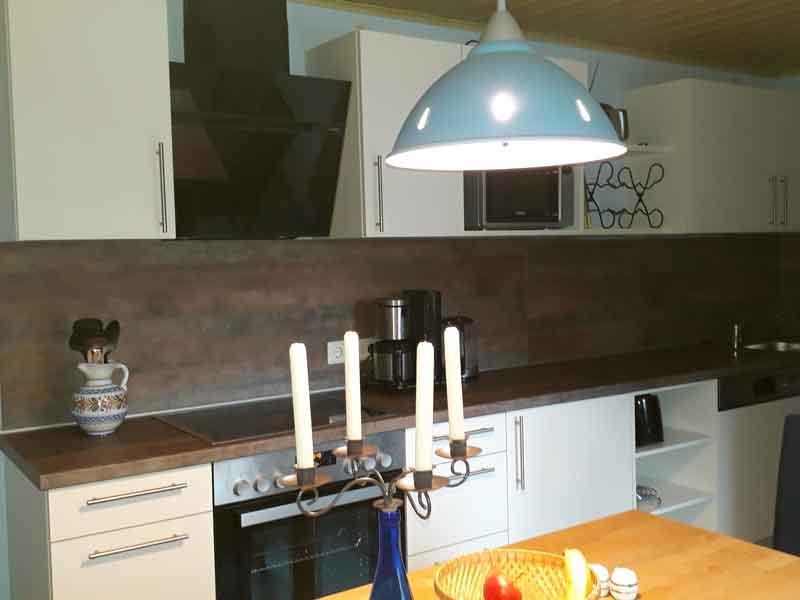 Moderne Küchenzeile der Villa Faltenfrei Radebeul